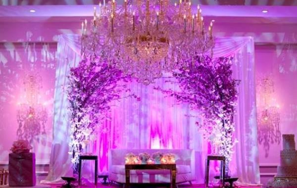 جایگاه عروس و داماد در تالار عروسی ملل