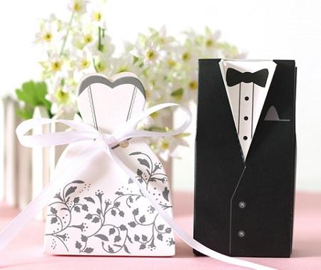 ویژگی یک کارت عروسی مناسب